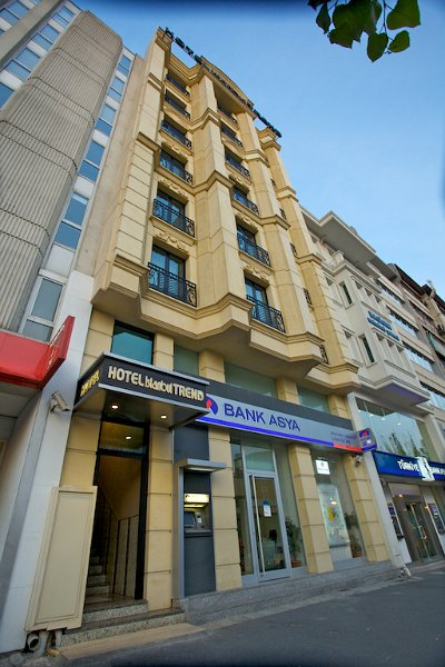 Hotel istanbul trend front view main street entrance1 for Aksaray hotels